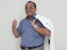dr bambang